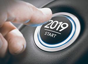 Картинка Новый год Пальцы 2019 Английский Старт