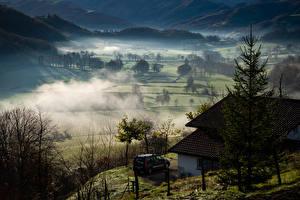 Картинка Франция Поля Здания Туман Basque Природа