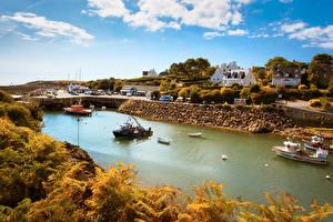 Фотография Франция Здания Речка Катера Осенние Doelan Brittany Города