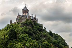 Обои Германия Замки Кохем Скала Тучи Башня Rheinland-Pfalz Города