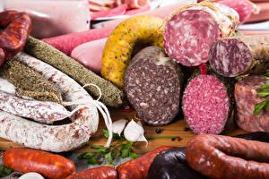 Фото Мясные продукты Колбаса Чеснок