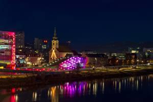 Фотографии Речка Австрия Церковь Ночь Фонарь Linz, Danube Города