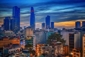 Картинка Вьетнам Здания Вечер Saigon Города
