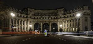 Фотография Англия Здания Дороги Лондон Арка Ночные Уличные фонари Admiralty Arch Города