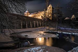 Фото Германия Зима Замок Вечер Пруд Снега Забора Castle Schnellenberg город