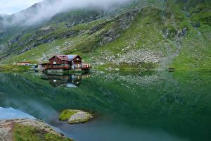 Фотография Румыния Горы Озеро Здания Мох Lake Balea