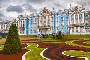 Фотографии Россия Санкт-Петербург Здания Дворец Газон Дизайн Catherine Palace Pushkin