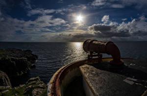 Фото Шотландия Море Маяки Вечер Облака Утес Waterstein Природа