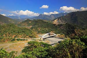 Фотография Тайвань Горы Речка Мосты