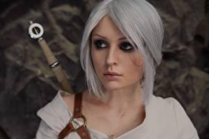 Фотографии The Witcher 3: Wild Hunt Косплей Блондинок Волосы Смотрит Cirilla молодые женщины