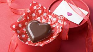 Обои День святого Валентина Шоколад Подарки Сердце Лента