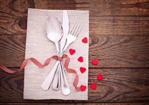 Обои День святого Валентина Нож Доски Сердце Ложка Вилка столовая Лента