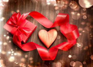 Фото День всех влюблённых Ленточка Бантик Подарки Сердечко