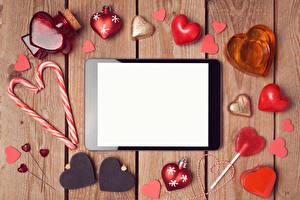 Картинки День святого Валентина Планшетный компьютер Сладости Доски Шаблон поздравительной открытки Сердце