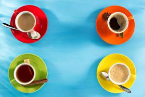 Фотография Кофе Чай Капучино Корица Цветной фон Чашка Ложка Сахар Продукты питания