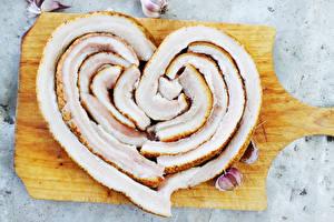 Картинка Чеснок Разделочная доска Сало Сердце Еда