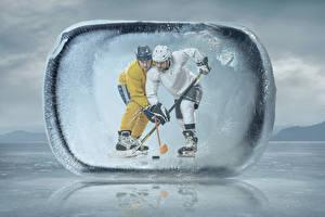 Обои Хоккей 2 Униформе В шлеме Льда спортивный