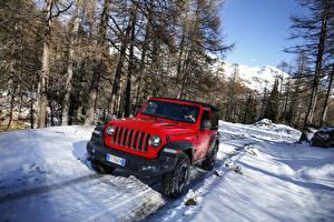 Обои Jeep SUV Красные Металлик Снег 2018-19 Wrangler Rubicon машины