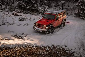 Картинки Джип Внедорожник Красный Снегу 2018-19 Wrangler Unlimited Rubicon машины