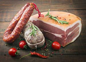 Обои Мясные продукты Колбаса Помидоры Острый перец чили Пища