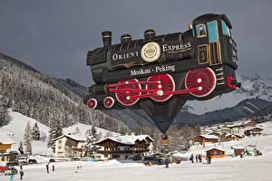Картинки Горы Леса Зимние Поезда Деревня Снег Аэростат Города