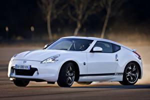 Обои Nissan Белый 2011 370Z GT Edition автомобиль