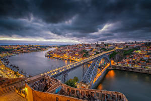Фотография Португалия Порту Реки Мосты Дома Вечер Vila Nova de Gaia Dom Luís I Bridge