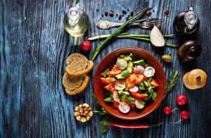 Фотография Салаты Овощи Хлеб Редис Острый перец чили Бутылка
