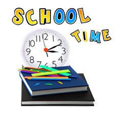 Фотографии Школьные Часы Белый фон Книга Карандаши Английский