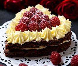 Картинка День всех влюблённых Сладкая еда Торты Малина Сердце Еда