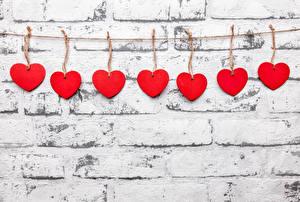 Обои День всех влюблённых Стенка Сердечко Красный