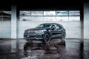 Картинка Volkswagen Черных Металлик 2018-19 ABT Touareg машины