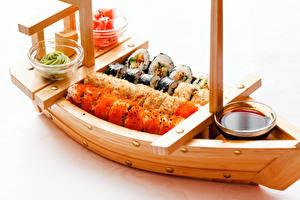 Фотографии Лодки Суси Белый фон Пища
