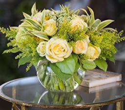 Картинки Букет Розы Ваза Цветы