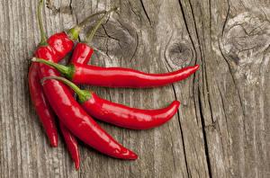 Картинки Острый перец чили Доски Красный Продукты питания