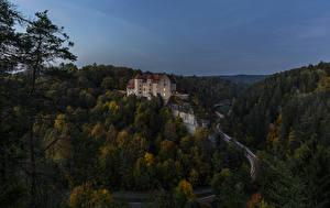 Фотография Германия Замки Леса Дороги Вечер Burg Rabenstein Природа