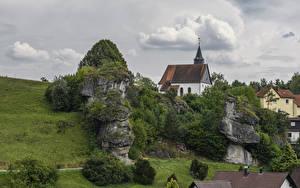 Фотографии Германия Дома Храмы Бавария Скале Hollfeld город