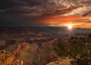 Картинки Гранд-Каньон парк США Парк Горы Рассветы и закаты Лучи света Природа