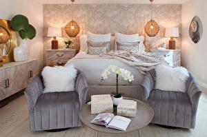 Фото Интерьер Дизайна Спальне Кровати Кресло Подушки Лампа