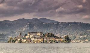 Обои Италия Остров Дома Озеро Isola San Giulio Города