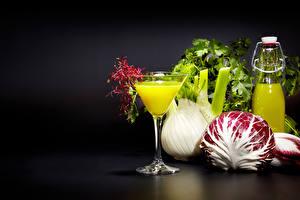 Обои Сок Овощи Бокалы Бутылка Пища