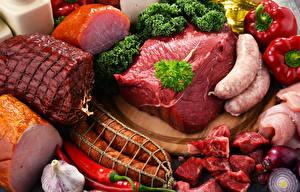 Обои Мясные продукты Ветчина Сосиска Колбаса Перец Овощи Еда
