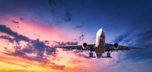 Фотография Самолеты Пассажирские Самолеты Небо Летящий