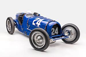Картинки Ретро BUGATTI Серый фон Classic Grand Prix 1933 Type 59 Grand Prix Автомобили