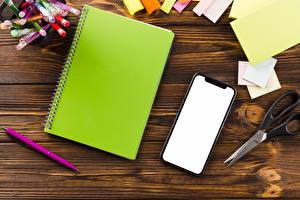 Обои Школа Доски Тетрадь Сматфоном Лист бумаги Шариковая ручка
