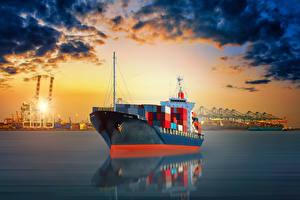 Картинки Корабли Контейнеровоз