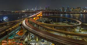Картинка Южная Корея Здания Речка Мосты Дороги Ночь Seoul Города