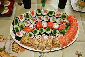 Фотография Суши Много Рыба Продукты питания