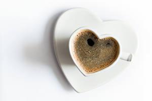 Картинки День святого Валентина Кофе Белый фон Чашка Сердце Еда