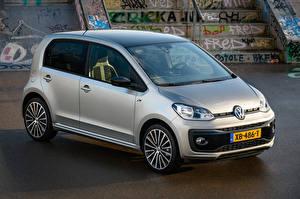 Картинки Фольксваген Серебристая 2018-19 Volkswagen up! R-Line Worldwide Автомобили